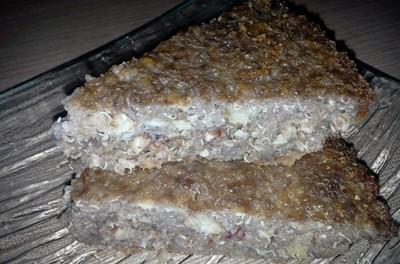 Budincă cu quinoa, brânză de vaci și nuci