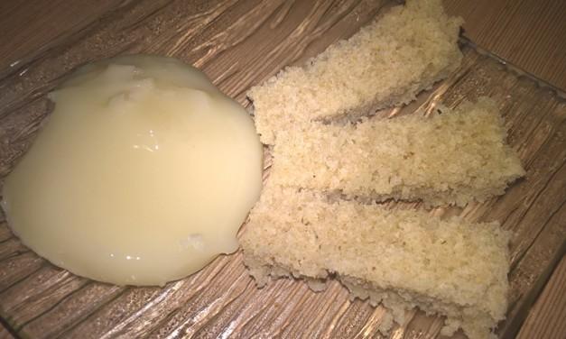 Brânză topită de casă