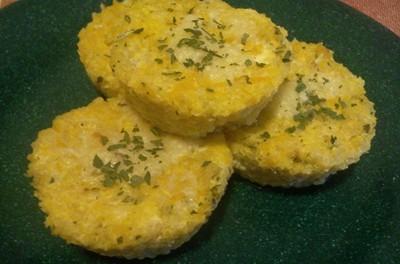 Budincă cu quinoa, dovleac plăcintar și brânză
