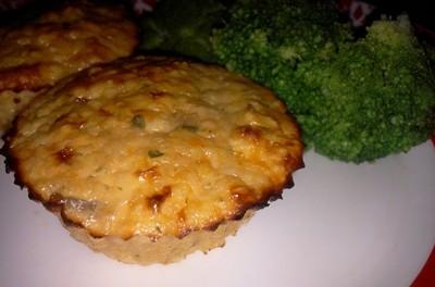 Brioșe aperitiv cu piept de pui, cartof dulce și cous-cous