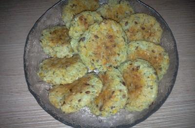 Chifteluțe cu orez, brânză de vaci și dovleac plăcintar
