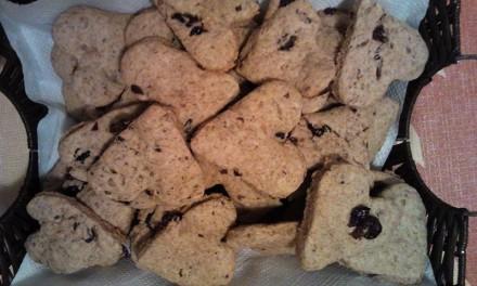 Biscuiți fragezi cu iaurt și merișoare