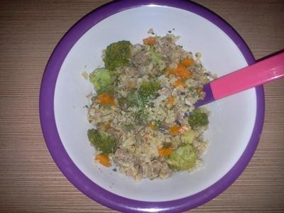 Bulgur cu broccoli și pulpă de curcan