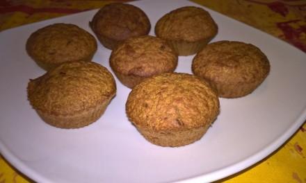 Brioșe cu dovleac plăcintar și curmale