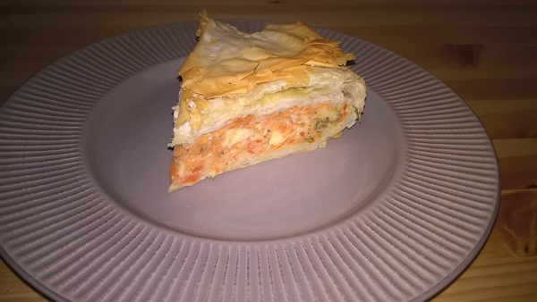 Plăcintă cu morcovi și telemea
