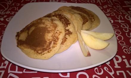 Pancakes cu mere