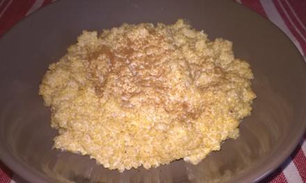 Quinoa cu lapte și scorțișoară