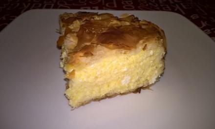 Plăcintă sărată cu brânză și mălai