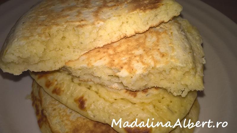 Pancakes cu brânză Gouda