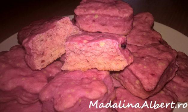 Biscuiți cu sfeclă roșie și banană