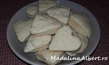 Biscuiți pufoși (fără lactate și ou)