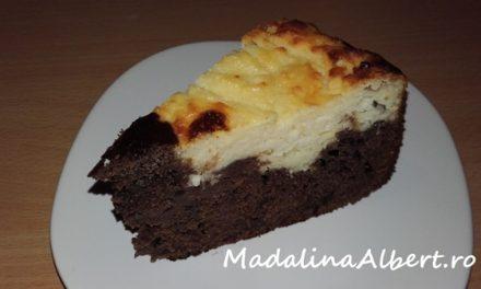 Prăjitură cu vișine și brânză de vaci