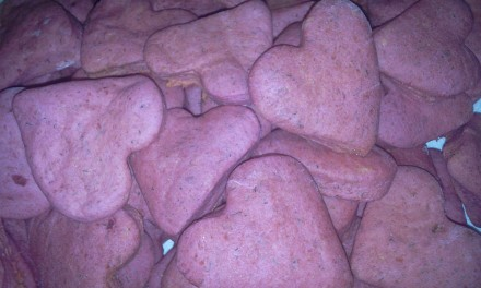 Inimioare roz cu sfeclă roșie și cașcaval