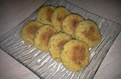 Chifteluțe cu linte roșie (porție mică)