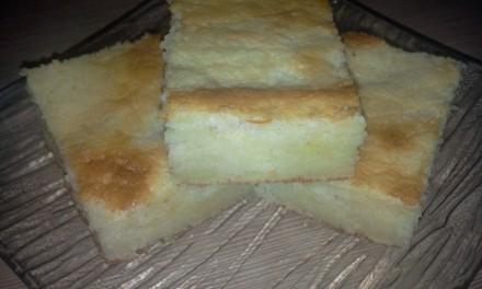 Prăjitură cu iaurt și griș
