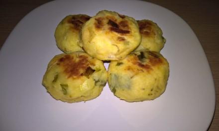 Chiftele cu cartofi și brânză la cuptor