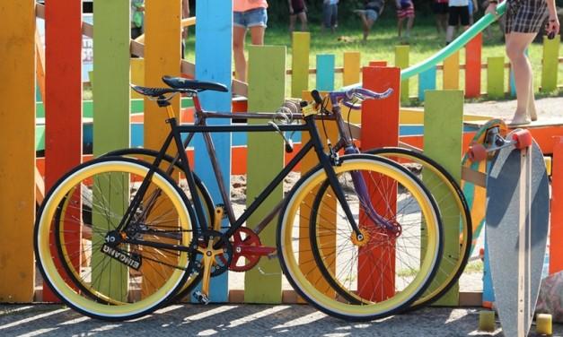 Biciclete, claxoane, spițe și alte nebunii