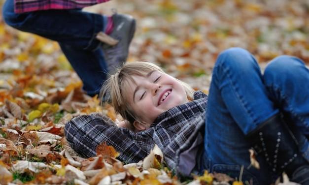Cum creștem copii fericiți?