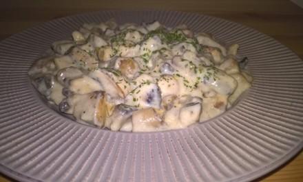 Ciulama cu ciuperci și smântână