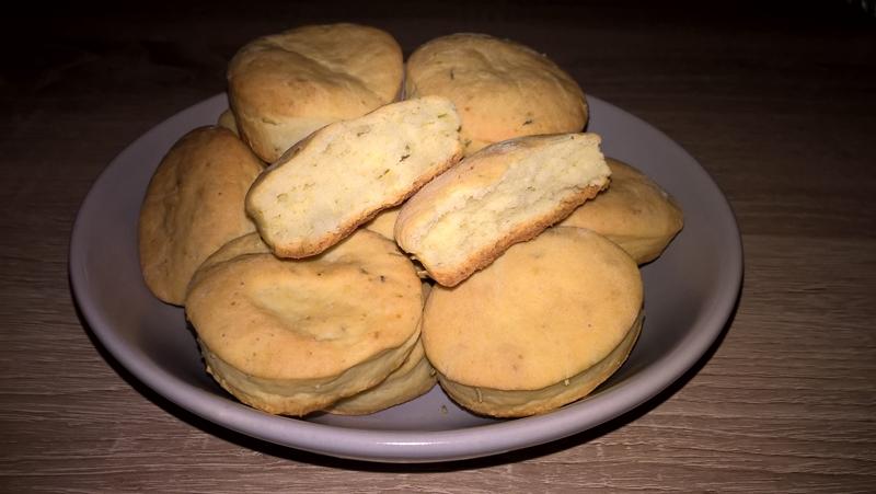 Sărățele cu brânză de burduf și rozmarin