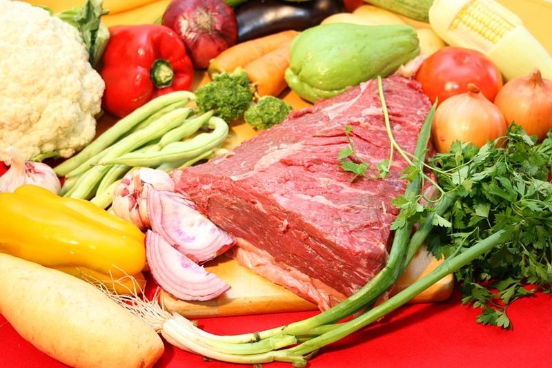 Carnea – beneficii în alimentație. Cum o depozităm și gătim?
