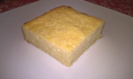 Budincă cu brânză de vaci și fulgi de cocos