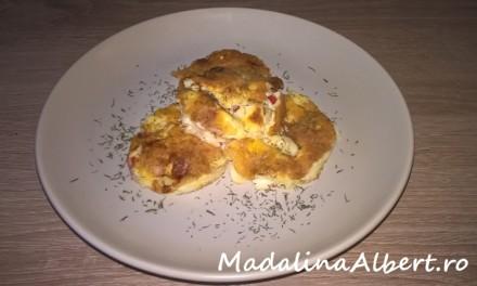 Omletă cu ardei și caș de bivoliță