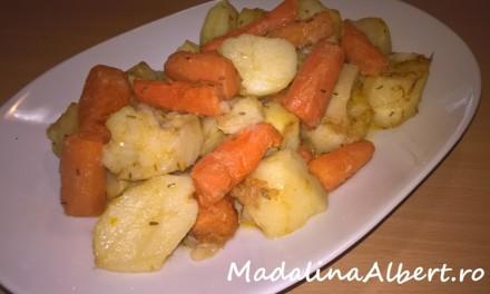 Cartofi cu morcovi și ghimbir la cuptor