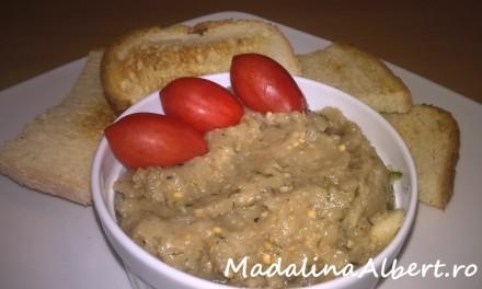 Salată de vinete albe cu ceapă și mărar
