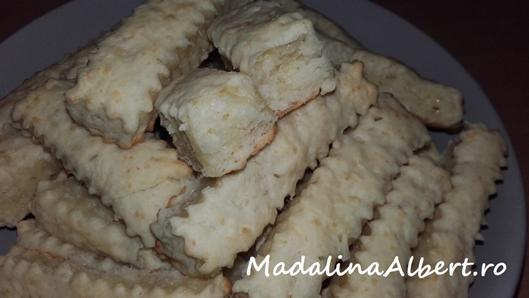 Saleuri cu brânză Maasdam și rozmarin