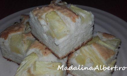 Prăjitură din albușuri cu ananas