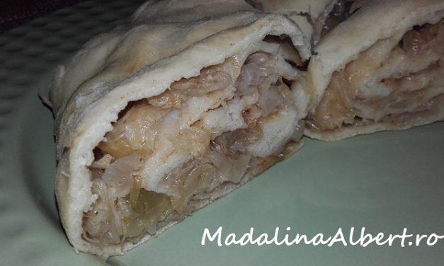 Plăcintă cu varză murată